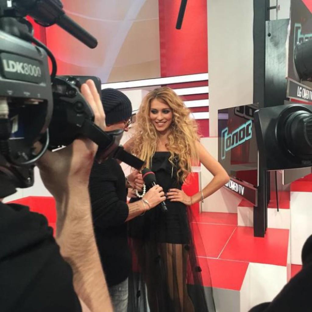 Регина Тодоренко в шоу Голос