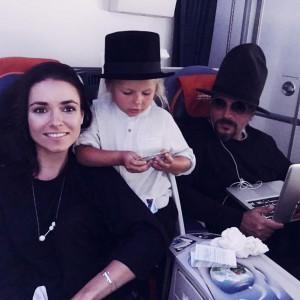 Ирена Понарошку с мужем и сыном Серафимом